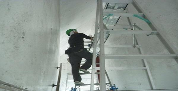 9~11段脚立、2,3連スライダー(はしご)をレンタル中!直前でも可!